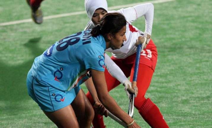 hockey world league indian women beat malaysia 3 0