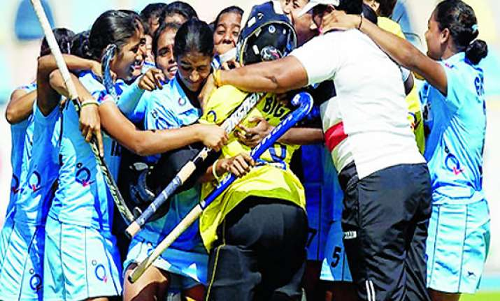 hockey player bigan soy gets rs.5 lakh from jharkhand govt