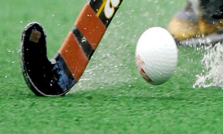 hockey india league postponed to jan 17