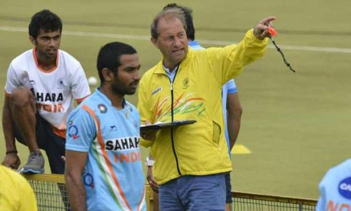roelant oltmans to be india hockey coach till olympics