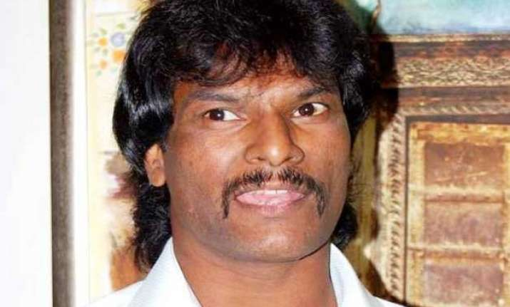indian coach best option for team dhanraj pillay