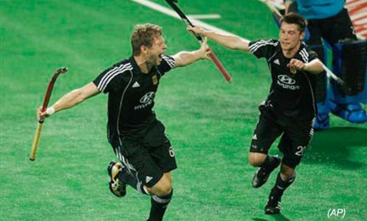 germany enters world cup hockey final beats england 4 1