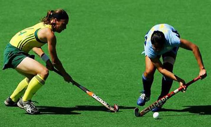 indian women s hockey team loses to australia 1 4 in final