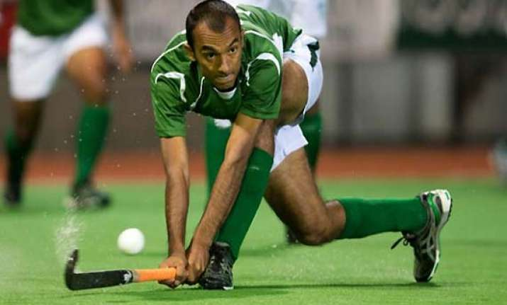 pakistan beats germany 2 1 in champions trophy
