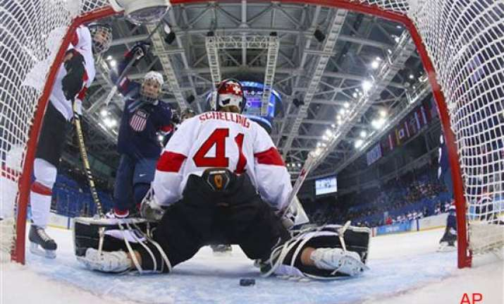 sochi olympic us beats swiss 9 0 in women s hockey