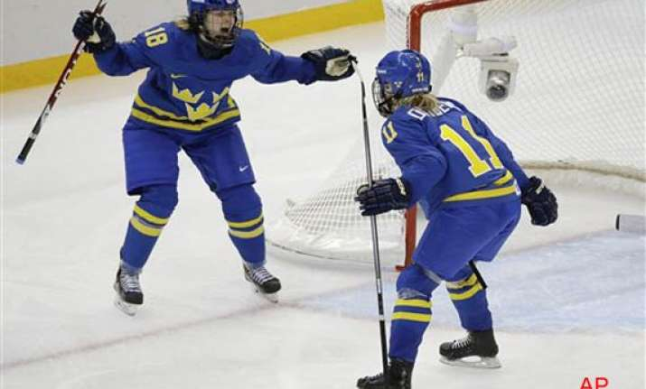 sweden beat germany 4 0 in olympic women s hockey at sochi