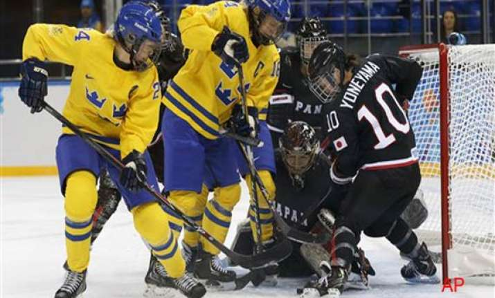 sweden beats japan 1 0 in olympic women s hockey