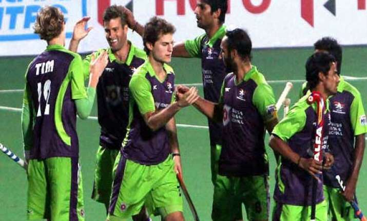 waveriders favourites against wizards in hil semifinal