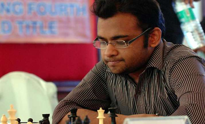 abhijeet gupta leads in 49 national premier chess