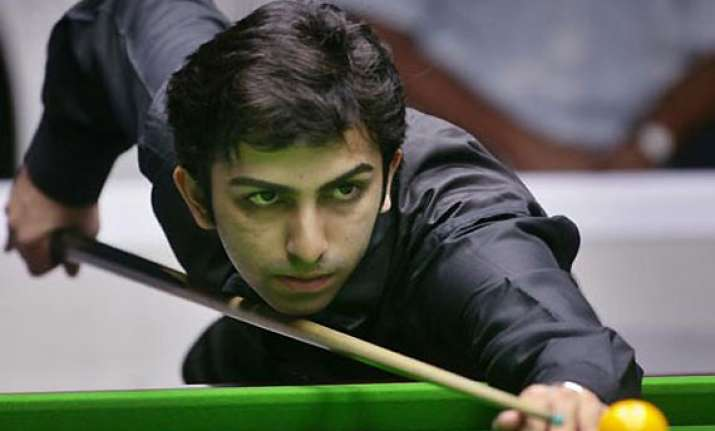advani mehta to play in snooker masters 2013