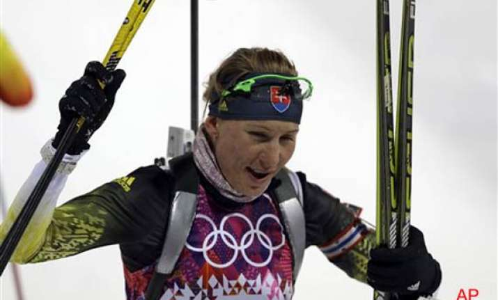 anastasiya kuzmina defends olympic title in biathlon sprint
