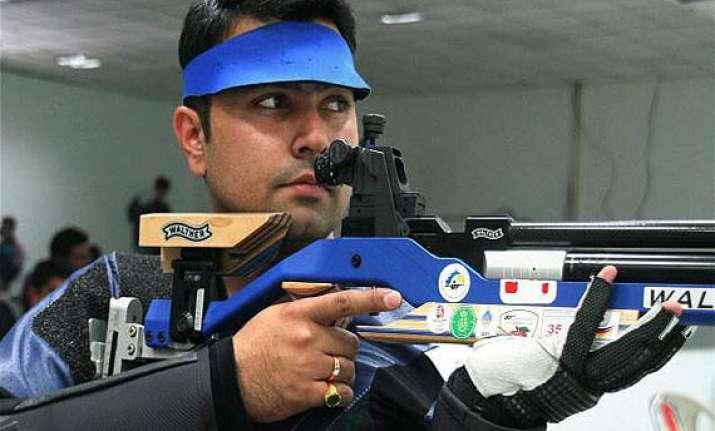 cwg 2014 gagan narang clinches men s 50m rifle prone silver