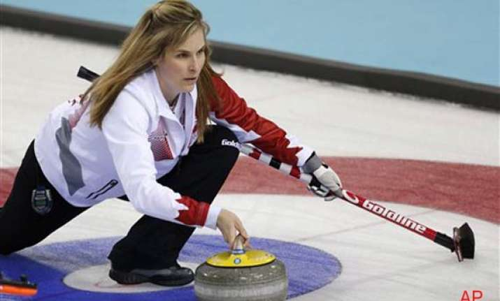 canadian women win 2nd straight in olympic curling at sochi