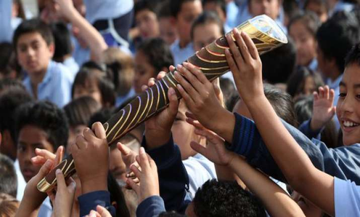 commonwealth games queen s baton relay to come to delhi