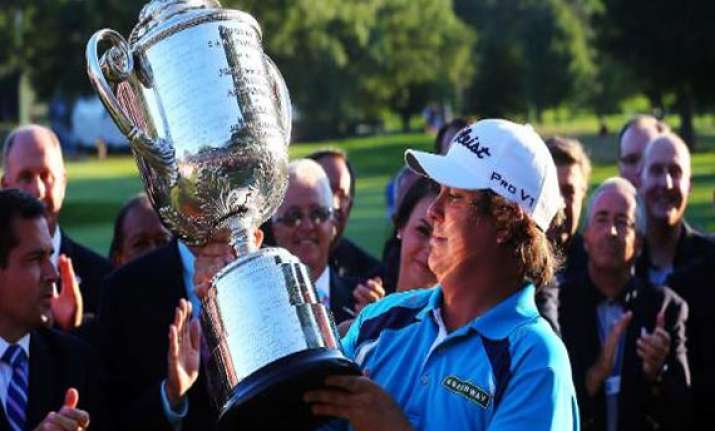 dufner holds off furyk to win pga championship
