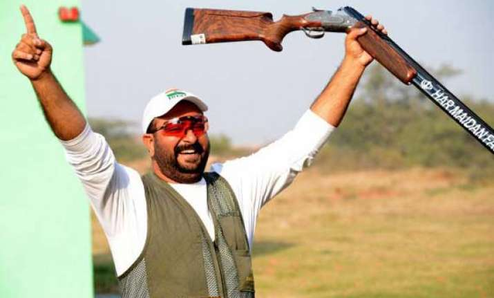 guron wins gold heena annuraj vye for top prize in pistol