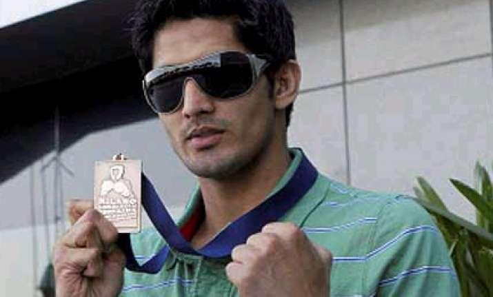 boxer vijender becomes world number one