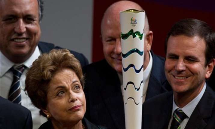 brazil unveils rio 2016 olympic flame