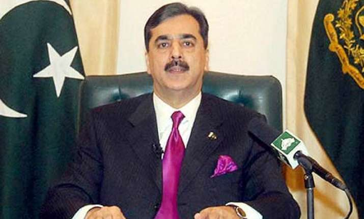 pak pm orders probe into flagbearer row