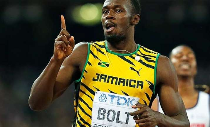 usain bolt wins record fourth straight 200 metres title