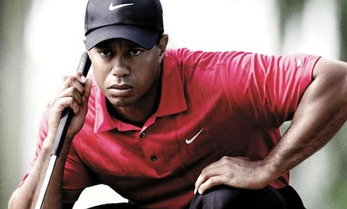tiger woods drops out of golf s top 100 rankings