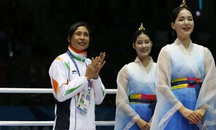 asian games bi wants ioa to resolve sarita controversy with