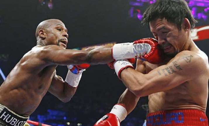 floyd mayweather jr. defeats manny pacquiao in boxing s big