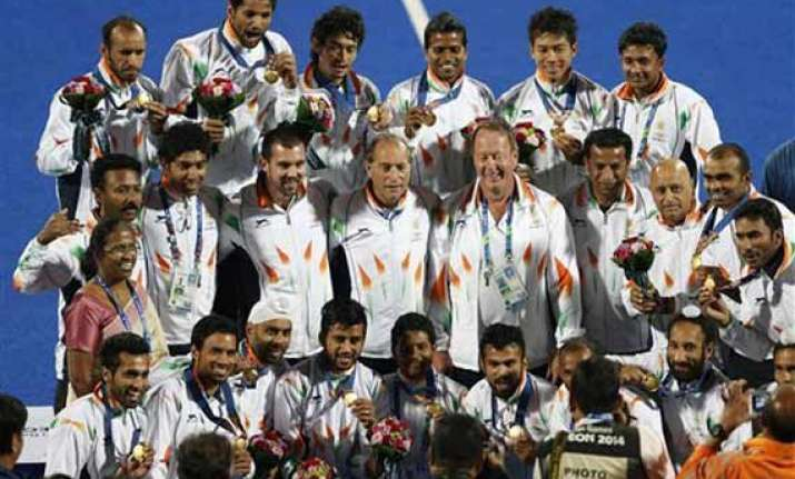 asian games sardar and his boys to get 2.5 lakh each from