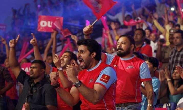bachchan jr owned jaipur pink panthers wins pro kabaddi