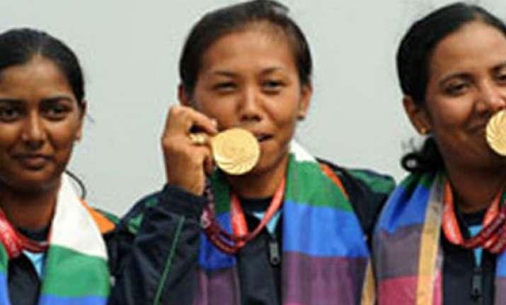indian women archers make london olympics men lose