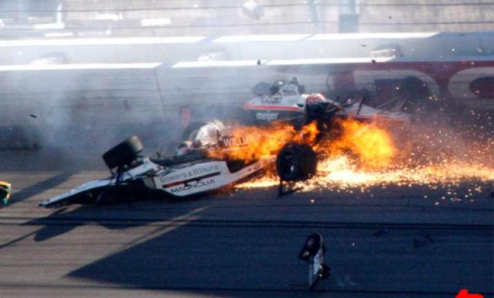 indy 500 winner wheldon dies in massive wreck