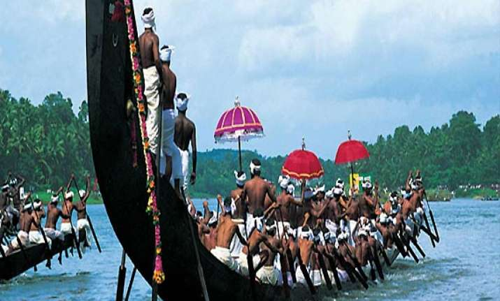 know about indian boat racing vallam kali of kerala