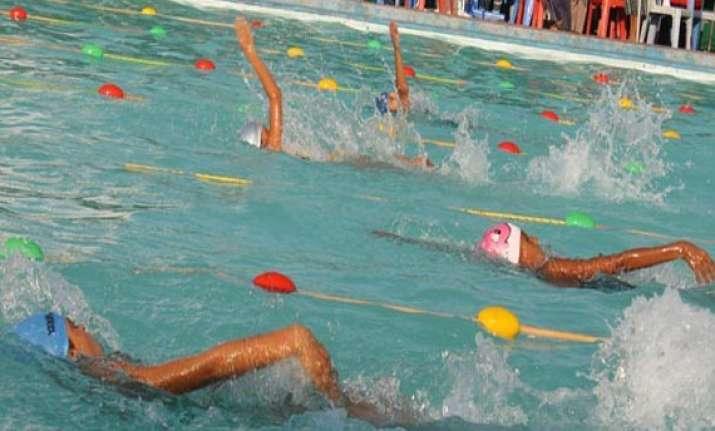 maharashtra karnataka dominate national sub junior aquatic