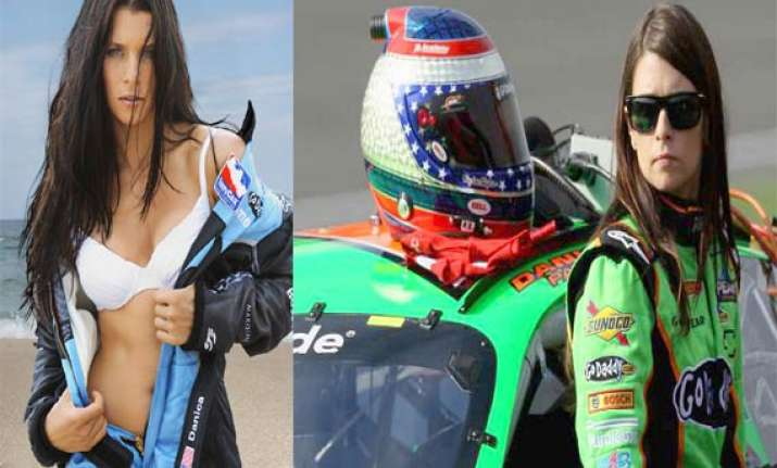 meet sizzling female nascar racer danica patrick