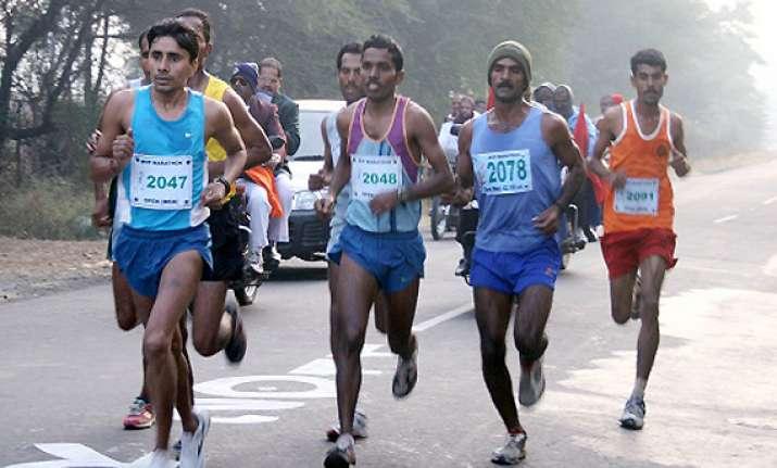 nilesh bonde wins nashik marathon
