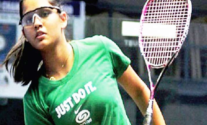 pallikal first indian to break into top 10