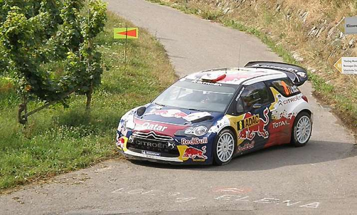 rally france thierry neuville opens up big lead