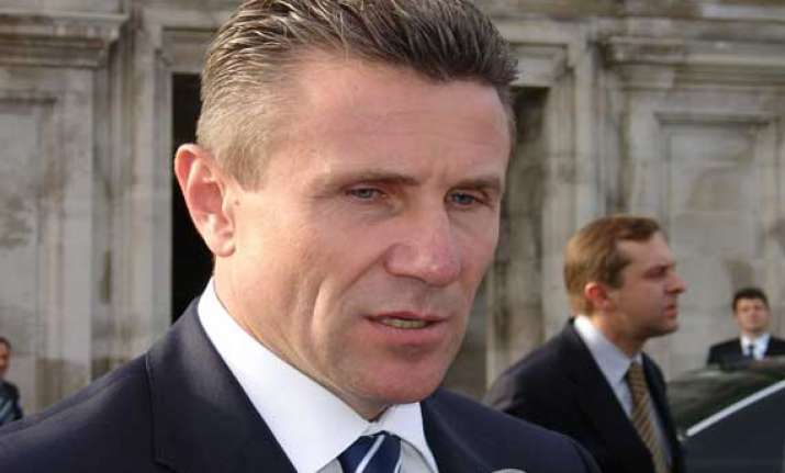 sergei bubka calls for halt to violence in ukraine