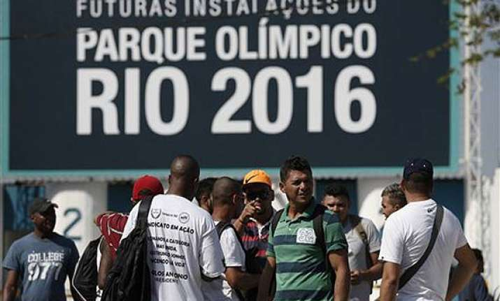 strike continues at rio olympic venues