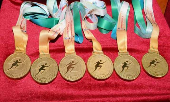 three goan athletes return defective medals won at lusofonia