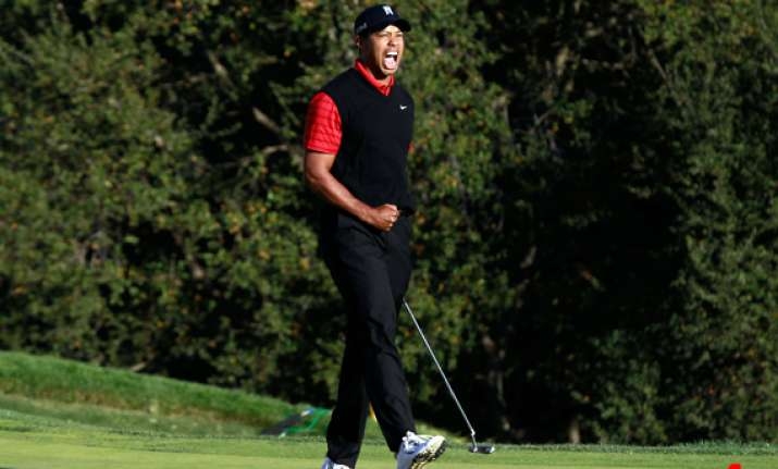 tiger woods ends 2 year title drought wins chevron