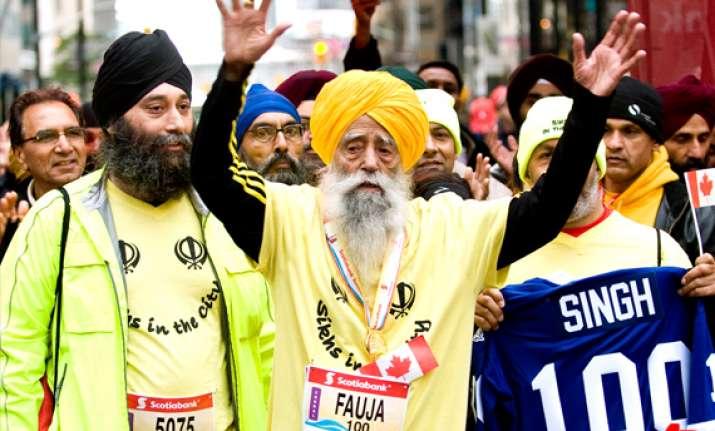 100 year old india born marathoner finishes race