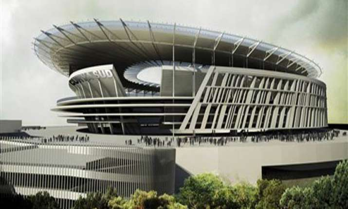 a modern colosseum roma reveals new stadium plan