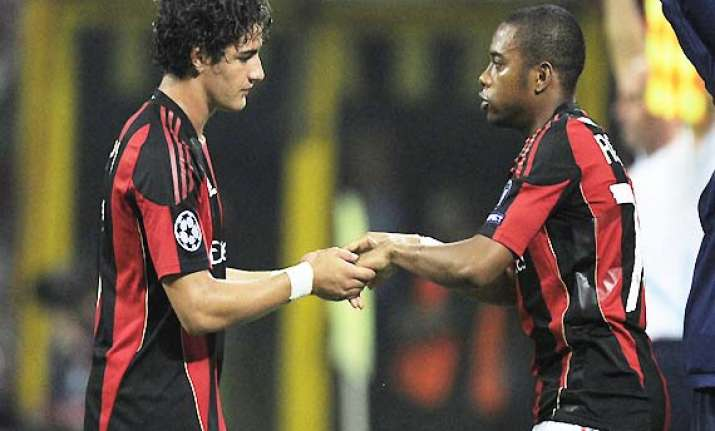 ac milan not to sell robinho pato