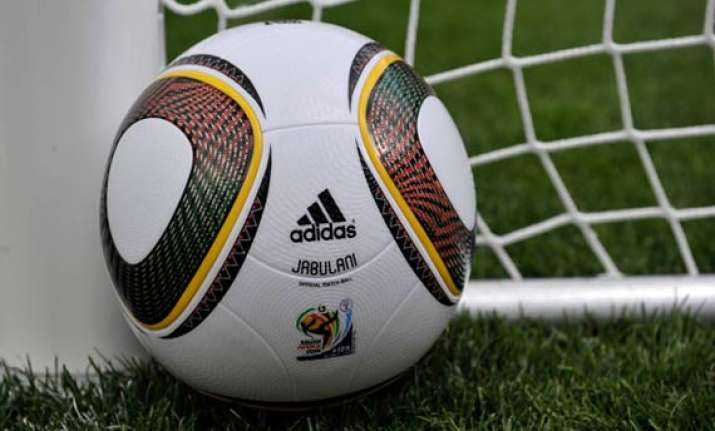adidas agrees to remain fifa sponsor