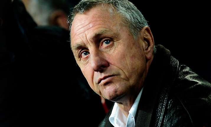 ajax dismisses johan cruyff and rest of board