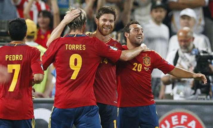 spain beats france 2 0 to reach semifinals
