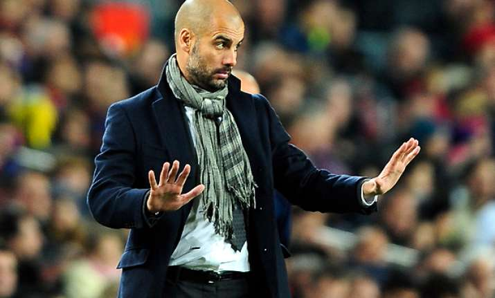 alves warns of barcelona decline if guardiola leaves