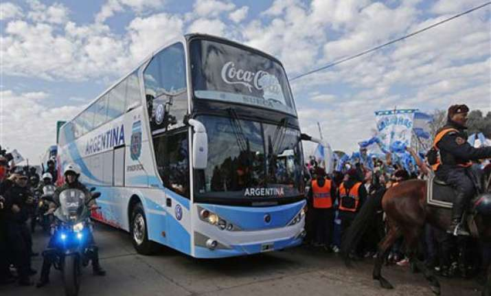 argentina s gutsy world cup team is welcomed home