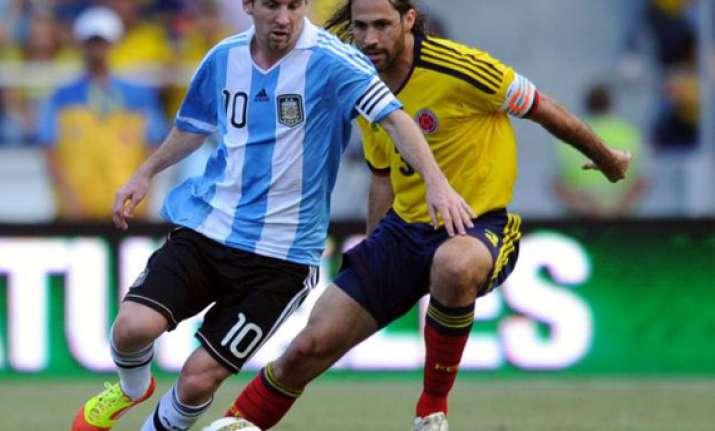 argentina beats colombia messi aguero score